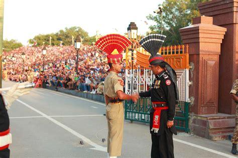 India Pakistan Wagah Attari Border Closing Ceremony
