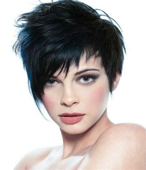 short pixie hairstyle 2015