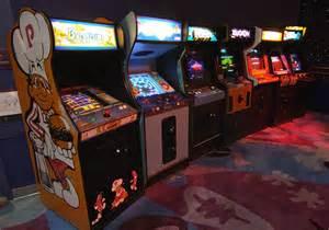 <b>Classic</b> <b>Arcade</b> <b>games</b>...