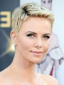 very short hairstyles for women30 pixie haircuts women