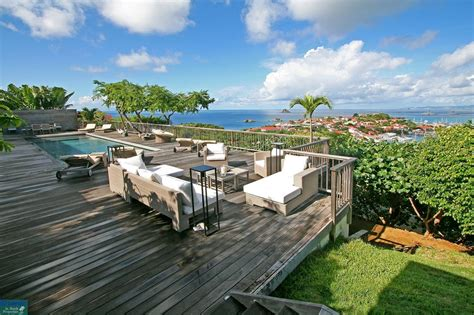 10 Exquisite Villas to Book Now for Fall UltraVilla