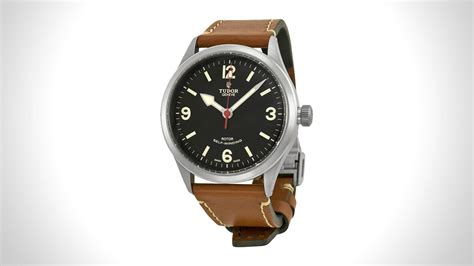 10 OF THE BEST MENS FIELD WATCHES Muted