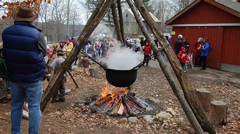 10 Sticky Facts About Maple Syrup Mental Floss