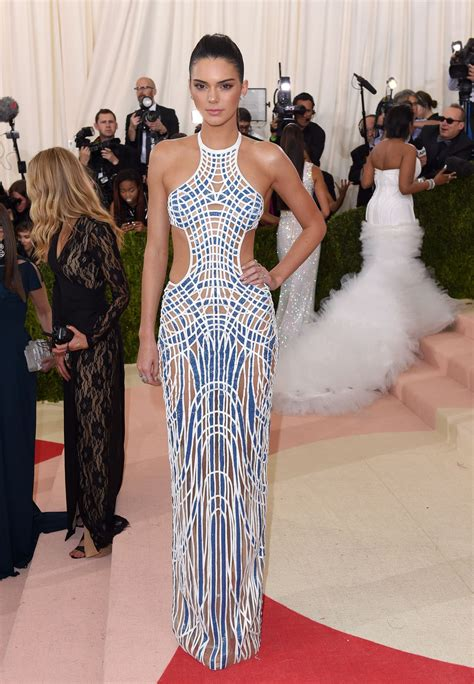 100 Dresses From the 2016 Met Gala Red Carpet ELLE