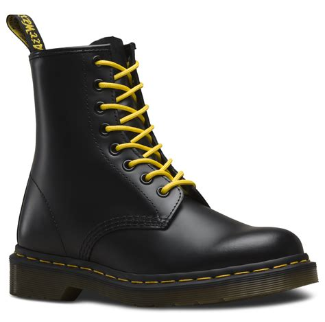 1460 SMOOTH Men s Boots Official Dr Martens Store UK