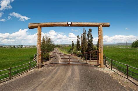 19 best Ranch Gate Entrances images on Pinterest
