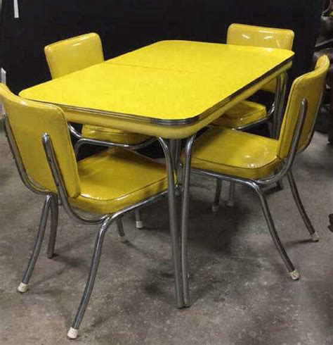 1950s Formica and Chrome Dining Table EBTH