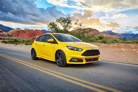 2017 Ford Focus Sedan Hatchback Designed to Inspire