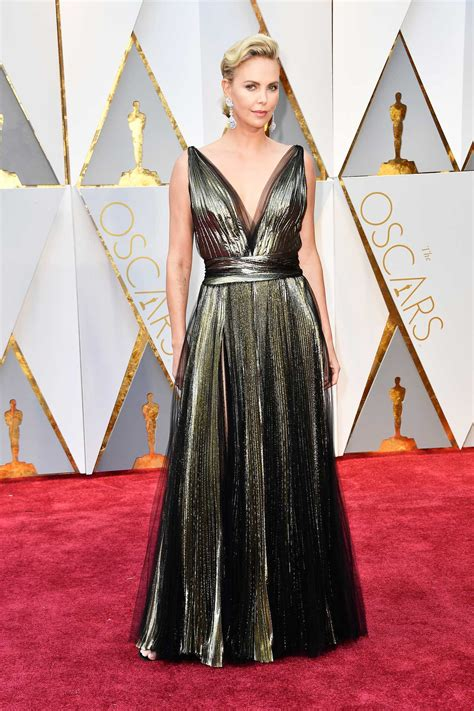 2017 Oscars Red Carpet Photos Moviefone