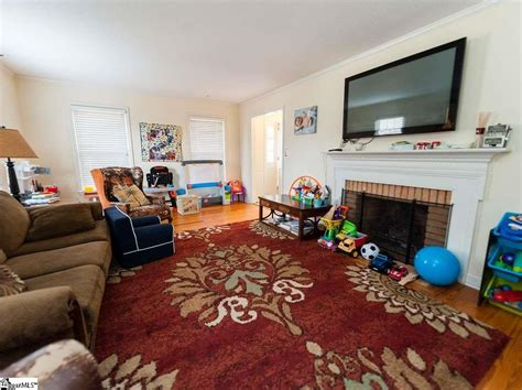 244 Lake Forest Dr Spartanburg SC 29307 Zillow