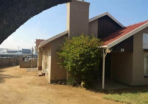 3 bed 2 bath free standing home with gumtree co za