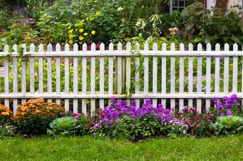 40 Beautiful Garden Fence Ideas Home Stratosphere