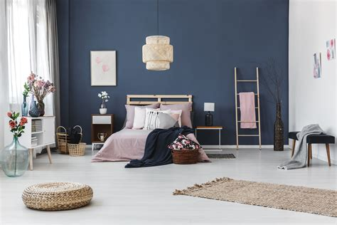 5 Awesome Budget Friendly Accent Wall Ideas The Spruce