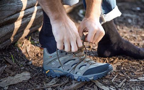 5 Best Men s Hiking Boots Aug 2017 BestReviews