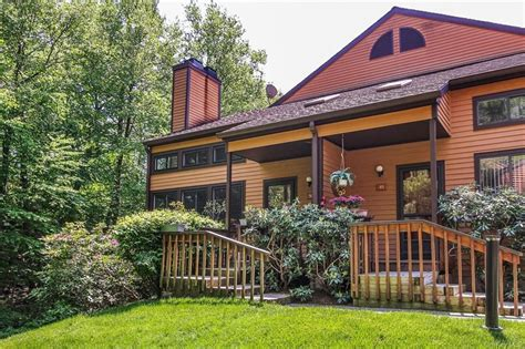 50 Touchstone Way Millwood NY 10546 Zillow