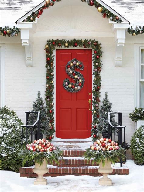 7 Front Door Christmas Decorating Ideas HGTV
