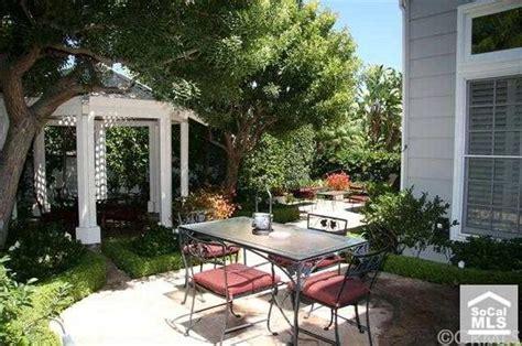 83 Hillsdale Dr Newport Beach CA 92660 realtor