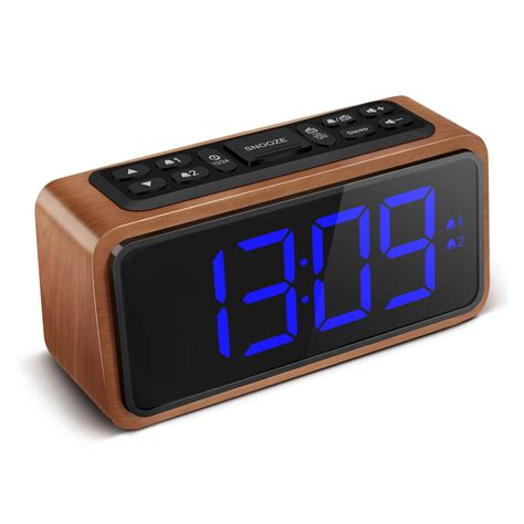 A 12hr 24hr LED Clock with display control using