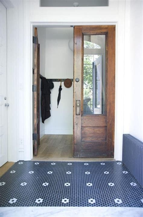 A Gallery of Creative Hex Tile Patterns Ideas