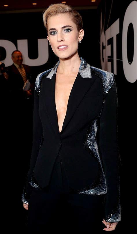 Allison Williams Pulls an Evan Rachel Wood with Her New Look