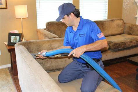 Aqualux Carpet Cleaning Carpet Cleaning in 3109 Knox St