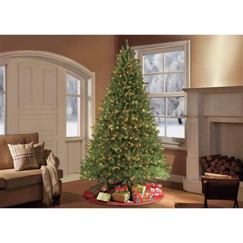 Artificial Christmas Tree Artificial Christmas Trees