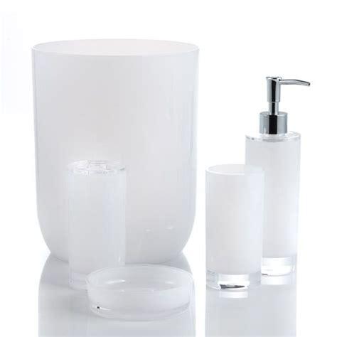 Bath Accessories Shop Modern Bathroom Basics Bouclair