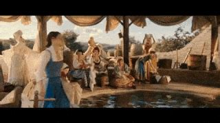 Beauty and the Beast s Best Moments 129 Reactions to