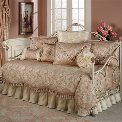 Bedding Bedspreads Comforter Sets Daybed Covers Quilts