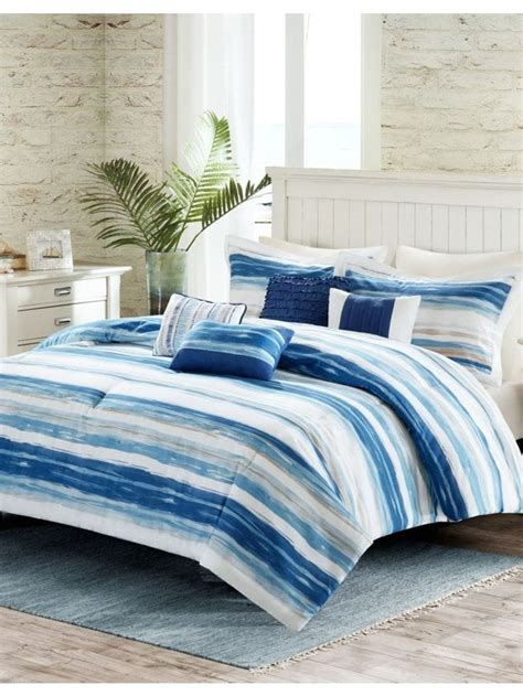 Bedding Hudson s Bay Canada s Iconic Department Store