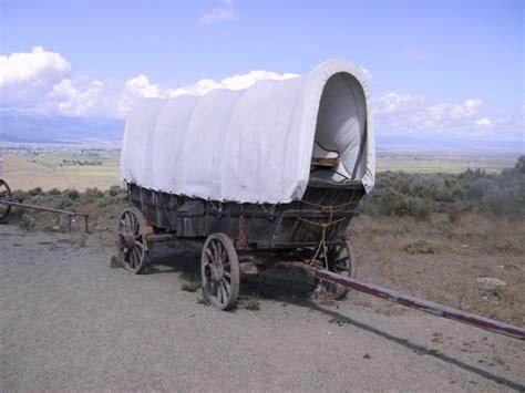 Best 20 Covered wagon ideas on Pinterest Oregon trail