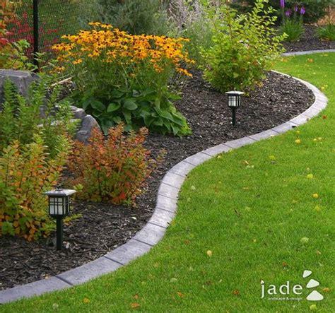 Best 20 Flower bed edging ideas on Pinterest Garden