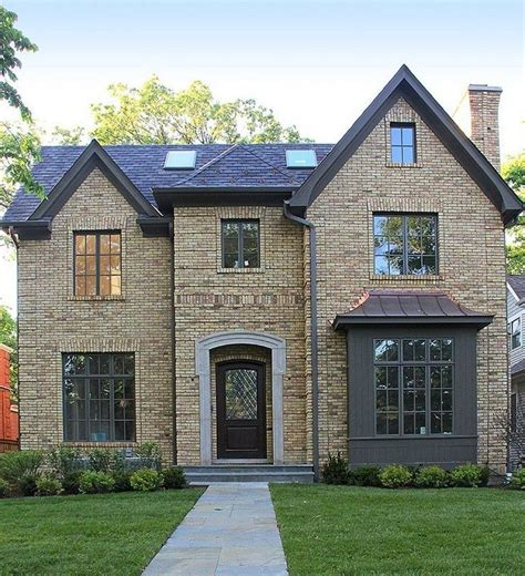 Best 25 Yellow houses ideas on Pinterest Yellow house