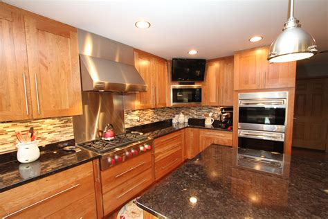 Best Granite Countertops for Cherry Cabinets The colorogist