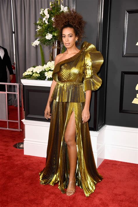 Best Red Carpet Dresses at the Grammy Awards 2017