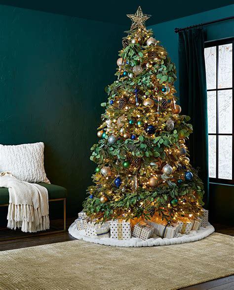 Best Way To Put Lights On Christmas Tree