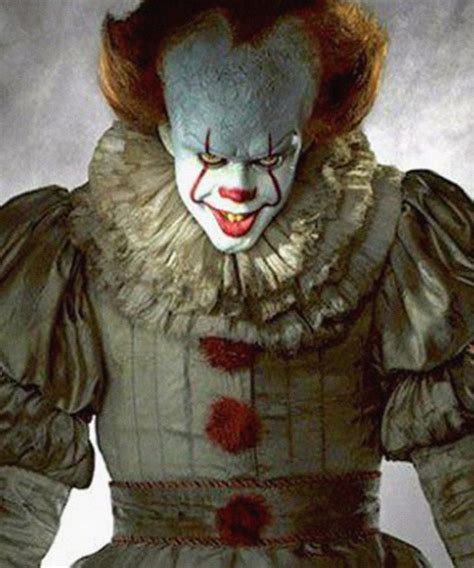 Bill Skarsgard Pennywise Clown It Not Scary Real Life