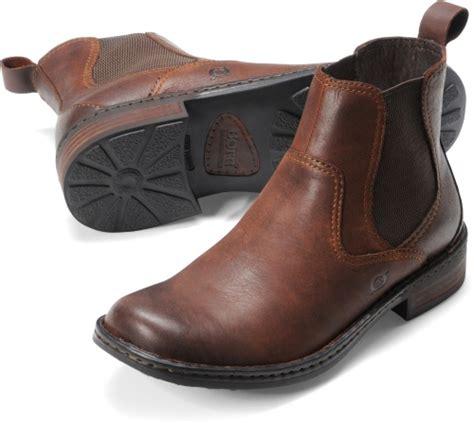 Born Hemlock in Chestnut Born Mens Boots on Bornshoes