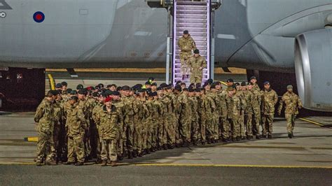 British troops arrive in Estonia for Nato mission to deter