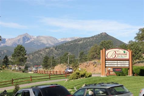 Brynwood on the River Estes Park Cabins