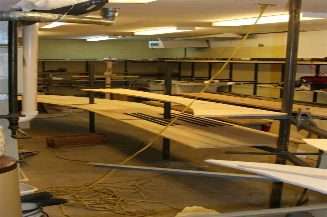 Build a model train layout Model railroad benchwork train