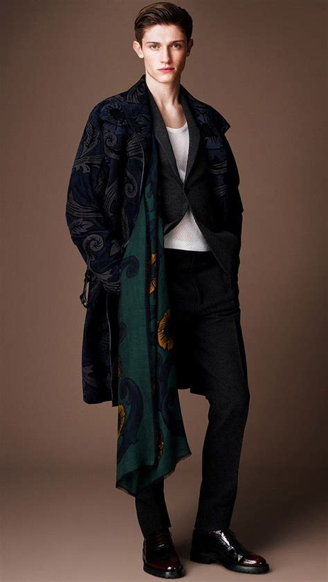 Burberry Iconic British Luxury Brand Select Your Country