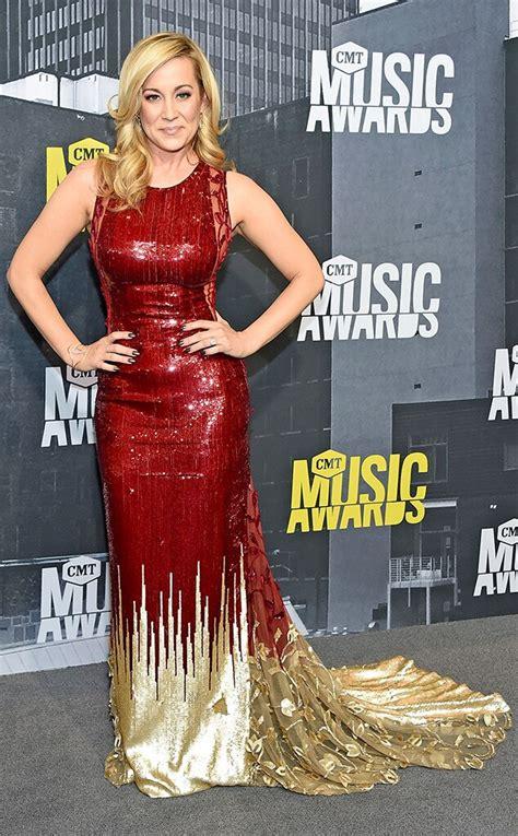 CMT Music Awards 2017 Red Carpet Arrivals See Kellie