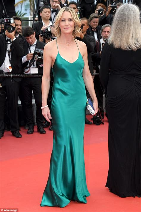 Cannes 2017 Robin Wright leads red carpet in turquoise