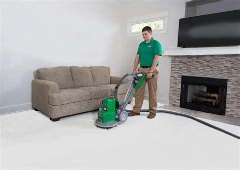 Carpet Cleaning ChemDry Carpet Tech
