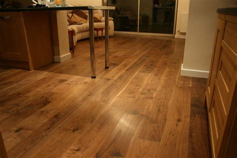 Carpets Rugs Laminate Floors Solid Wood Flooring