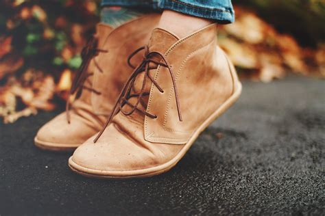 Choosing Shoes for Healthy Feet a Practical Guide to