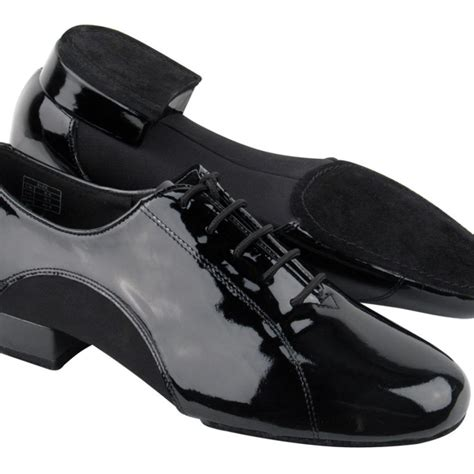 Choosing the Best Men s Shoes for Weddings liveabout