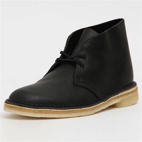 Clarks Men s Desert Boot Black Tumbled Leather