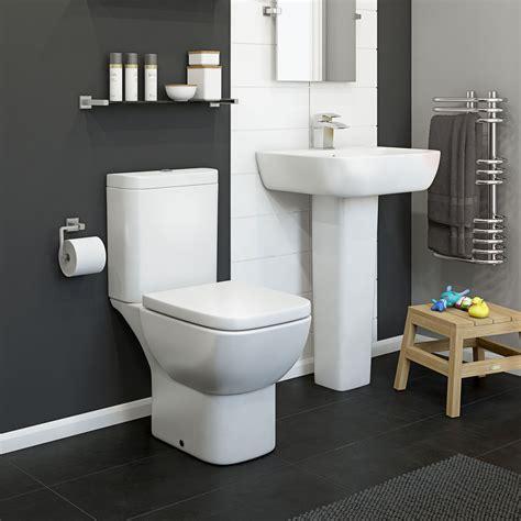 Cooke Lewis Santoro Close Coupled Toilet Full Pedestal